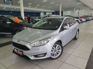 Foto numero 0 do veiculo Ford Focus Sedan SE - Prata - 2017/2017