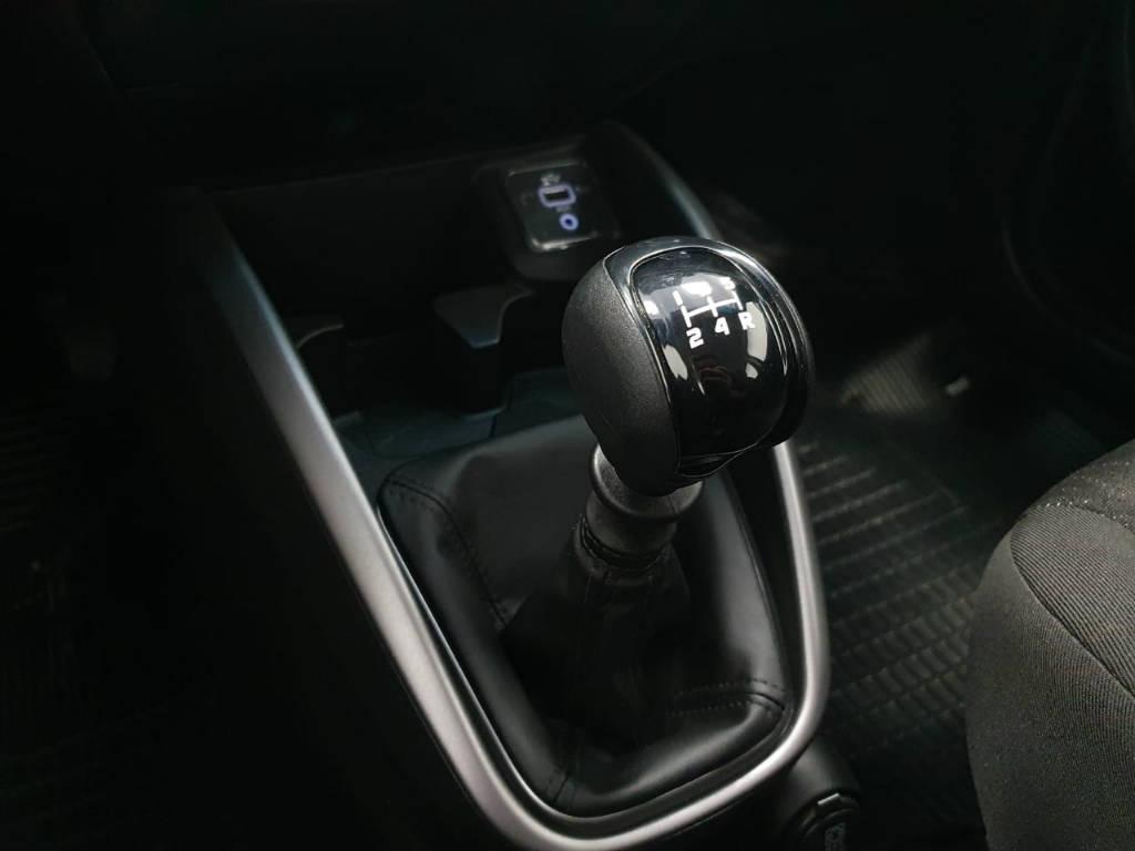 Foto numero 9 do veiculo Fiat Cronos DRIVE 1.3 - Preta - 2018/2019