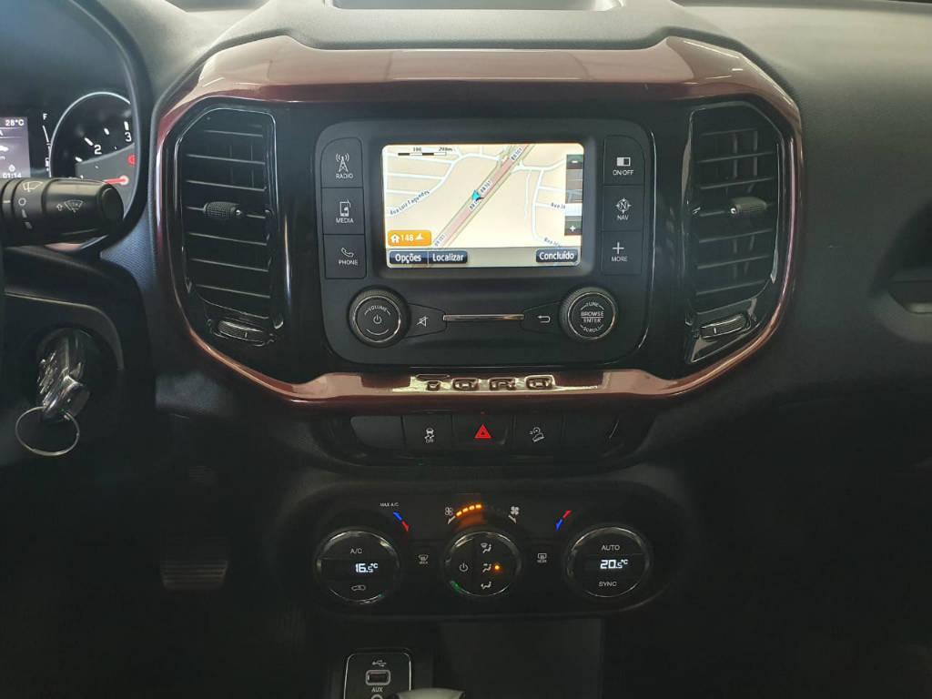 Foto numero 8 do veiculo Fiat Toro FREEDOM AT9 D - Prata - 2018/2019