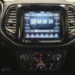 Foto numero 8 do veiculo Jeep Compass Limited - Prata - 2019/2020