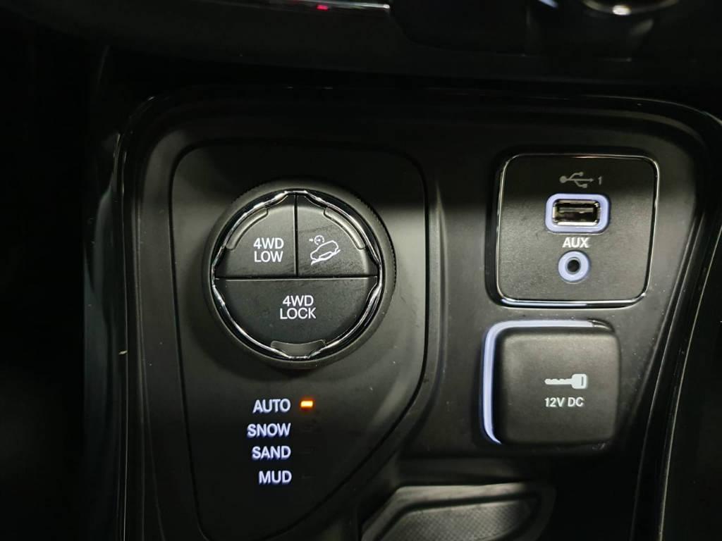 Foto numero 10 do veiculo Jeep Compass Limited - Prata - 2019/2020