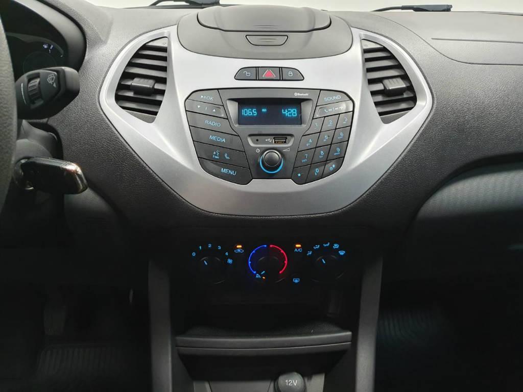 Foto numero 8 do veiculo Ford KA - Branca - 2016/2016