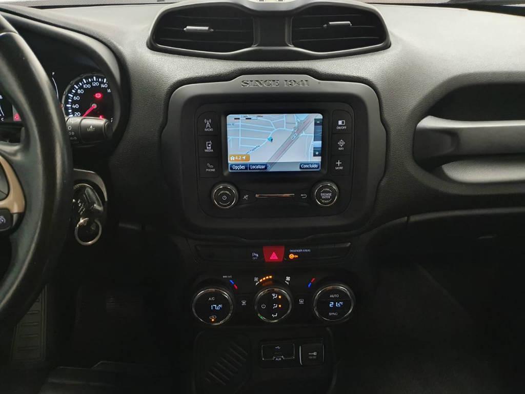 Foto numero 8 do veiculo Jeep Renegade LNGTD AT - Branca - 2015/2016