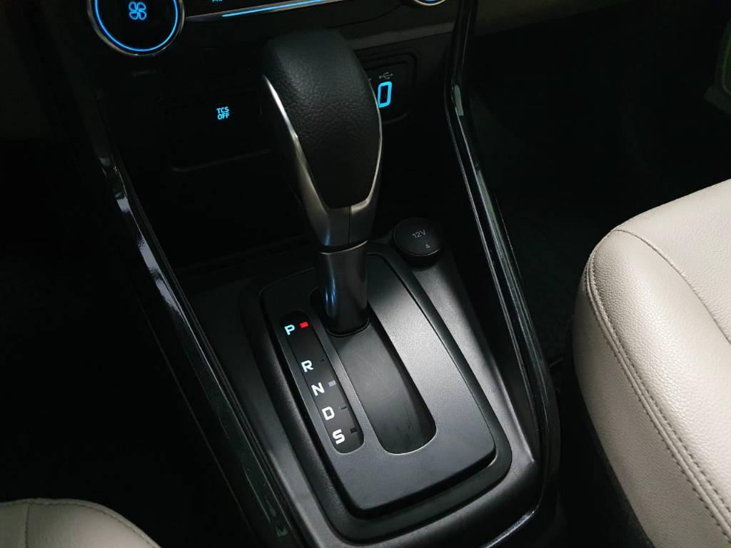 Foto numero 9 do veiculo Ford EcoSport TIT2AT 1.5 - Preta - 2019/2020