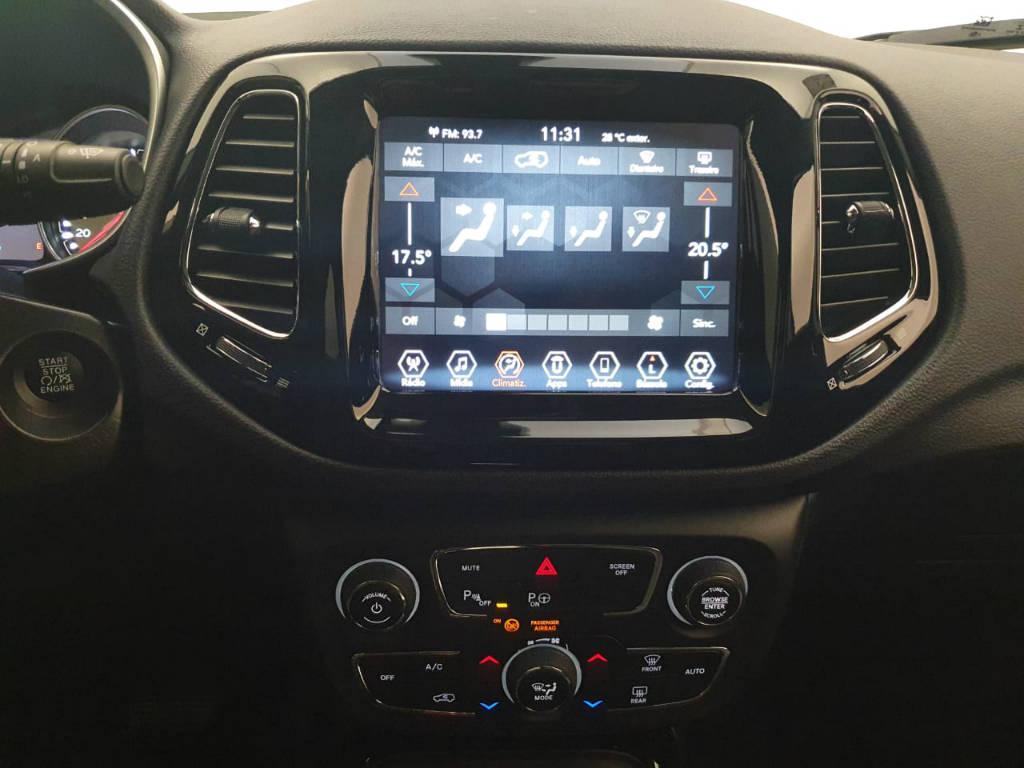 Foto numero 8 do veiculo Jeep Compass Limited - Branca - 2019/2020