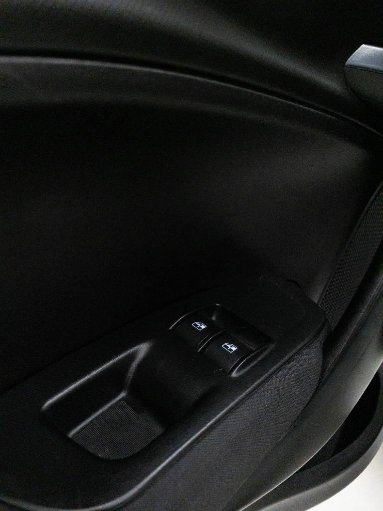 Foto numero 13 do veiculo Fiat Argo DRIVE 1.0 6V Flex - Branca - 2019/2020