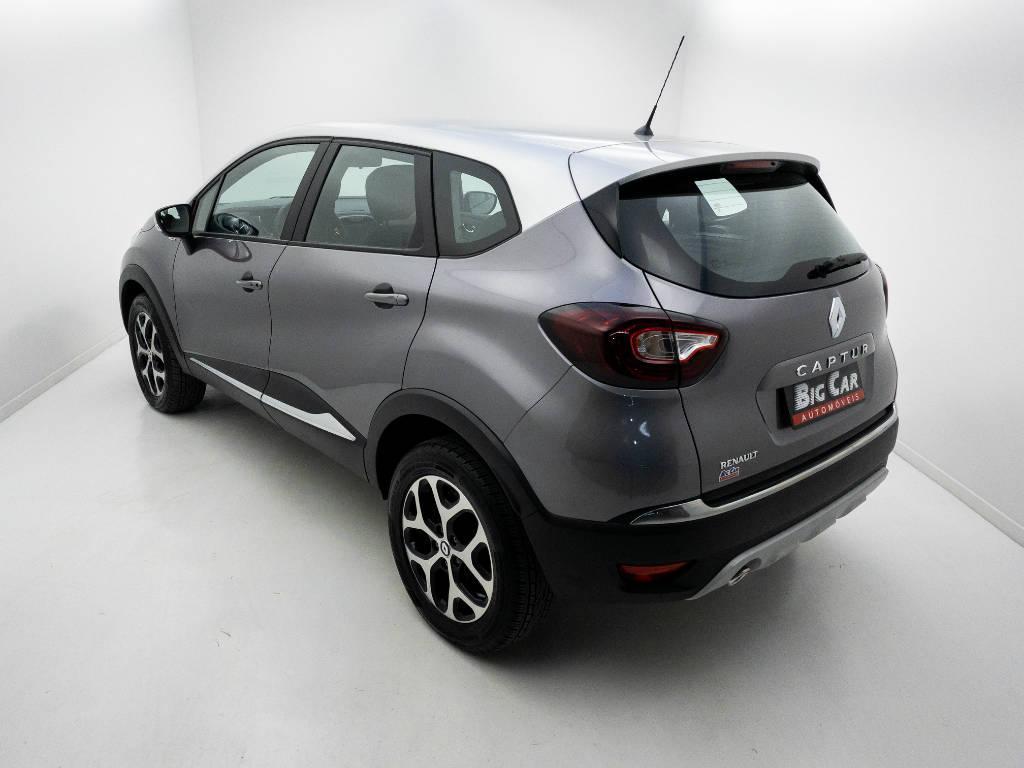 Foto numero 4 do veiculo Renault Captur Intense Bose 1.6 16V Flex Aut. - Cinza - 2020/2021