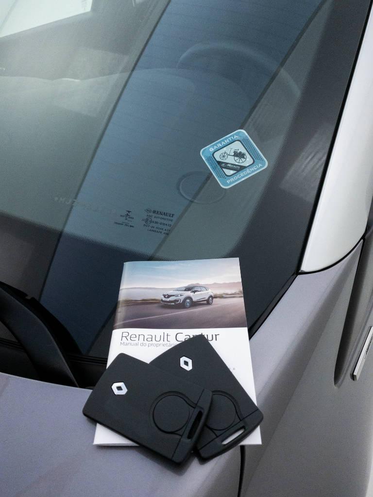 Foto numero 7 do veiculo Renault Captur Intense Bose 1.6 16V Flex Aut. - Cinza - 2020/2021