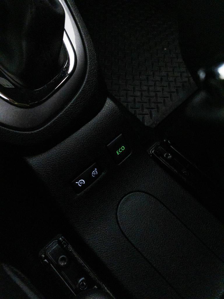 Foto numero 14 do veiculo Renault Captur Intense Bose 1.6 16V Flex Aut. - Cinza - 2020/2021