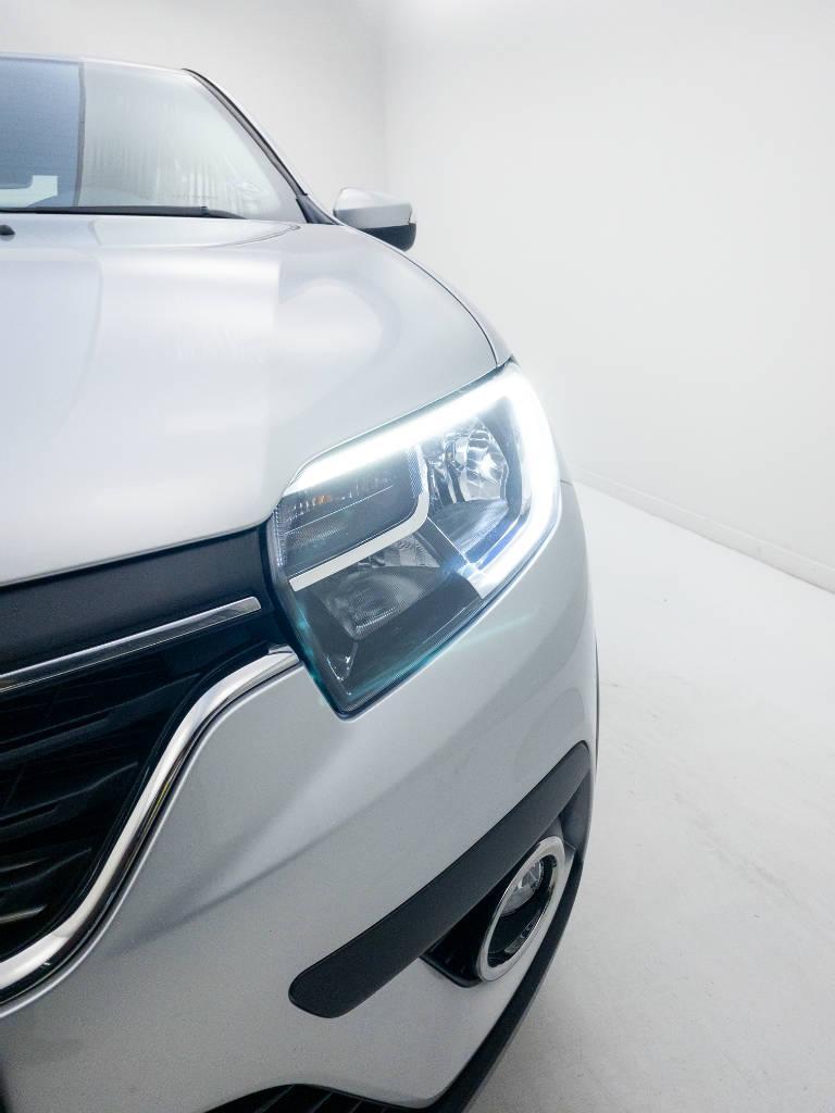 Foto numero 7 do veiculo Renault Sandero Intense Flex 1.6 16V Aut. - Prata - 2020/2021