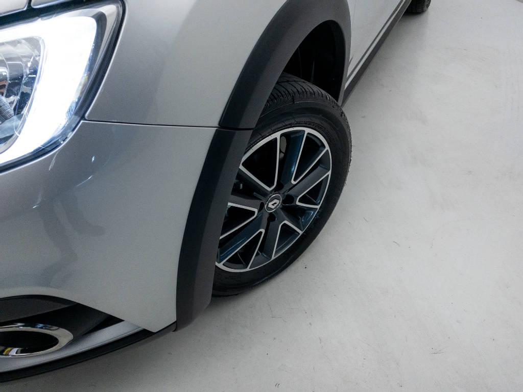 Foto numero 9 do veiculo Renault Sandero Intense Flex 1.6 16V Aut. - Prata - 2020/2021
