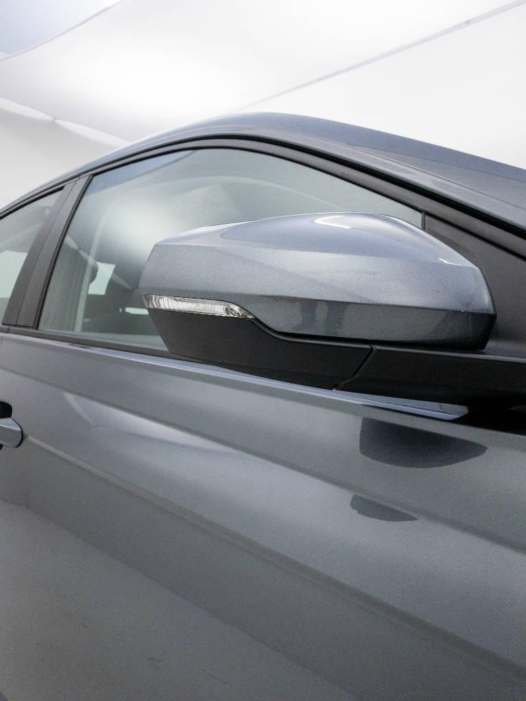 Foto numero 7 do veiculo Volkswagen Virtus Comfort. 200 TSI 1.0 Flex 12V Aut - Cinza - 2019/2020