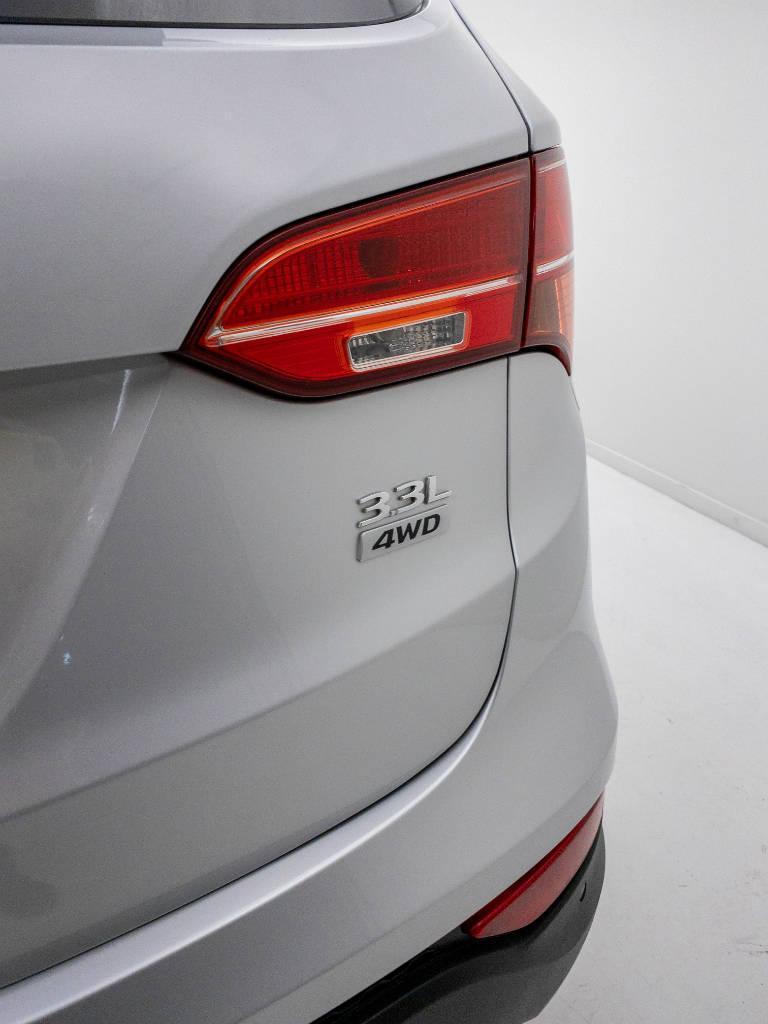 Foto numero 9 do veiculo Hyundai Santa Fé GLS 3.3 V6 4X4 Tiptronic - Prata - 2013/2014