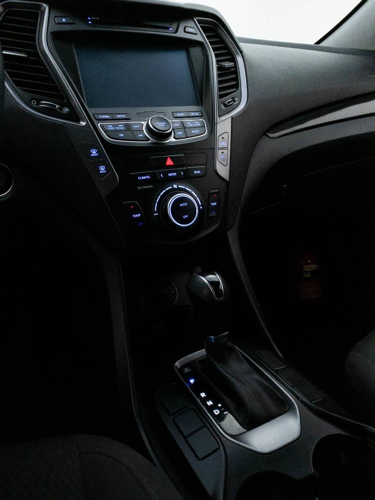 Foto numero 13 do veiculo Hyundai Santa Fé GLS 3.3 V6 4X4 Tiptronic - Prata - 2013/2014