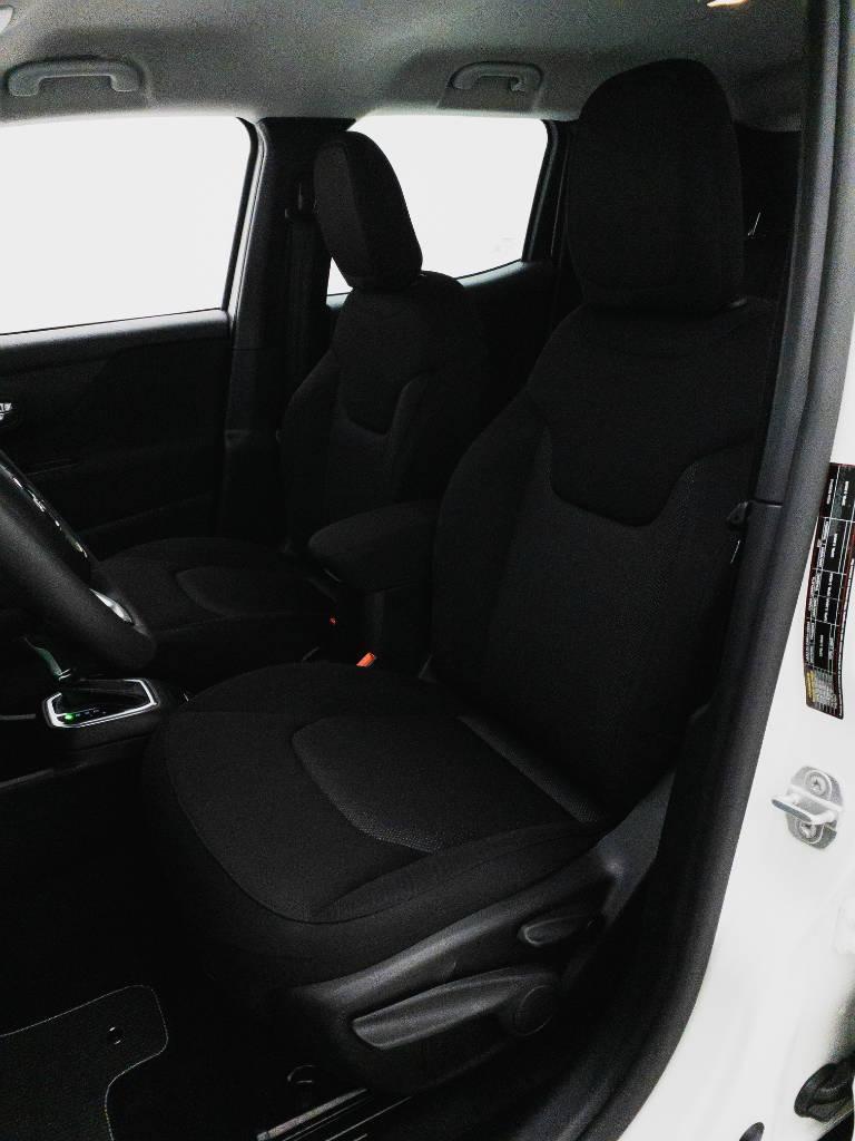 Foto numero 16 do veiculo Jeep Renegade Sport 1.8 4x2 Flex 16V Aut. - Branca - 2021/2021