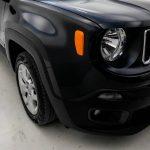 Foto numero 8 do veiculo Jeep Renegade Sport 1.8 4x2 Flex 16V Mec. - Preta - 2018/2018
