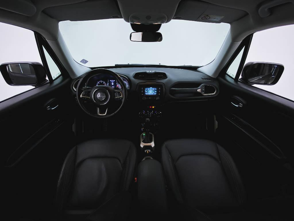 Foto numero 7 do veiculo Jeep Renegade Longitude 2.0 4x4 TB Diesel Aut - Preta - 2017/2017