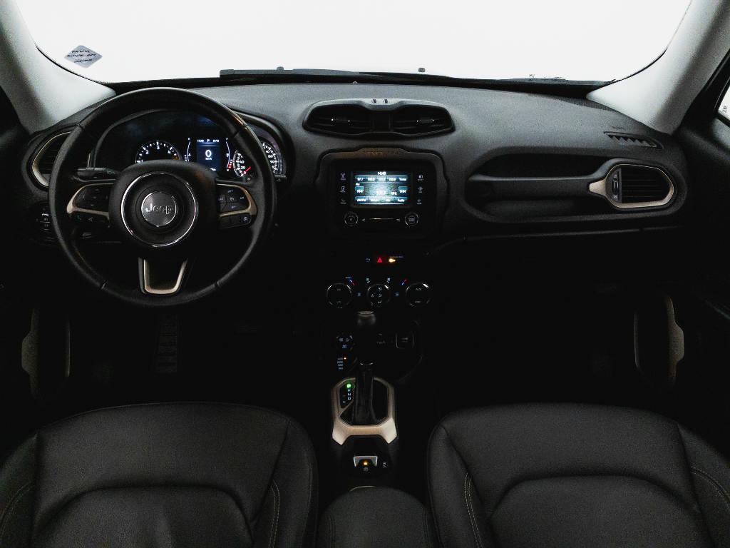 Foto numero 8 do veiculo Jeep Renegade Longitude 2.0 4x4 TB Diesel Aut - Preta - 2017/2017