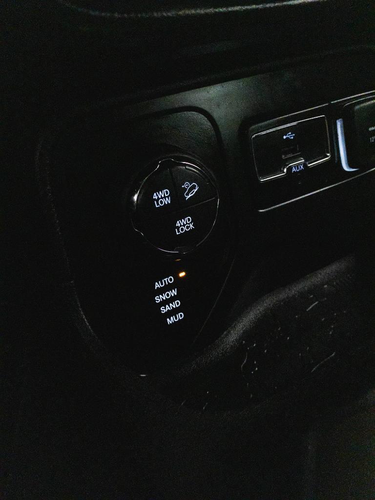 Foto numero 15 do veiculo Jeep Renegade Longitude 2.0 4x4 TB Diesel Aut - Preta - 2017/2017