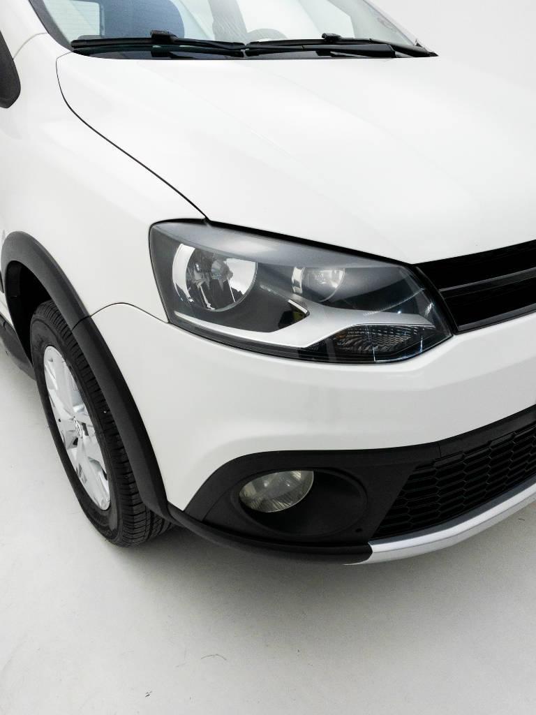 Foto numero 8 do veiculo Volkswagen CrossFox 1.6 Mi Total Flex 8V - Branca - 2014/2014