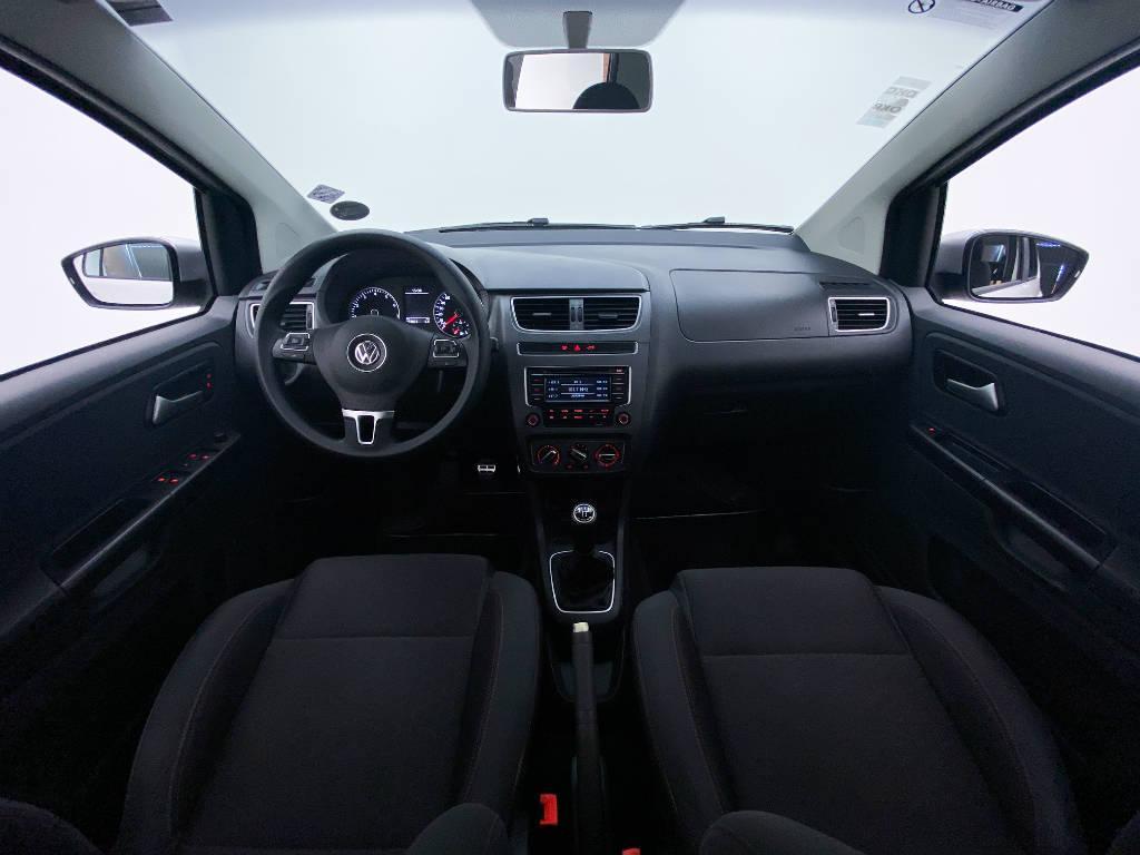 Foto numero 10 do veiculo Volkswagen CrossFox 1.6 Mi Total Flex 8V - Branca - 2014/2014