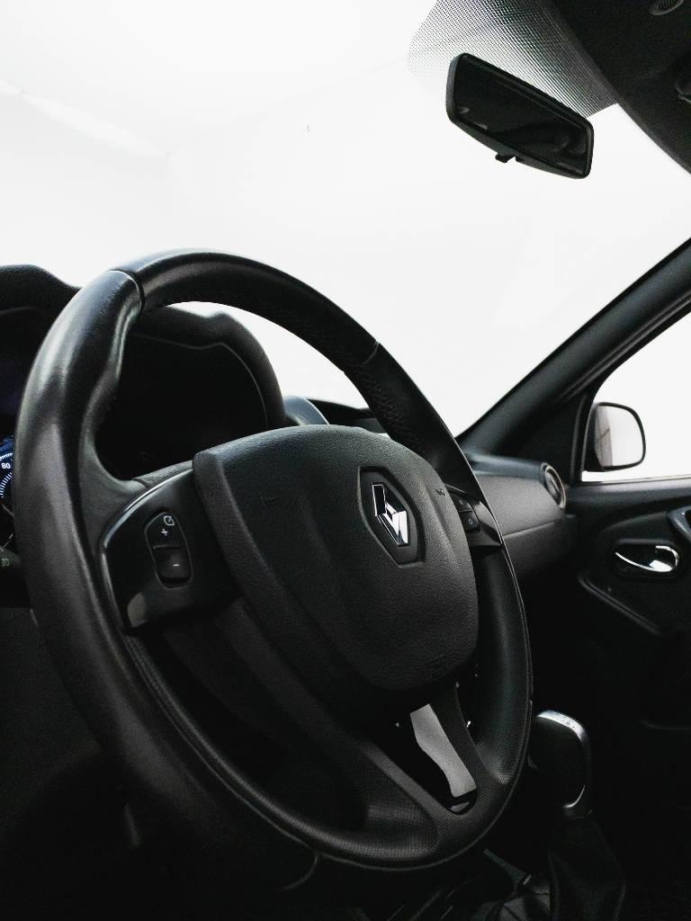 Foto numero 14 do veiculo Renault Duster Dynamique 1.6 Flex 16V Aut. - Preta - 2019/2020