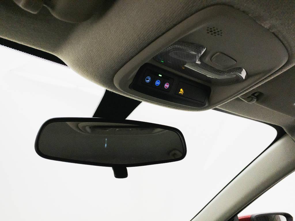 Foto numero 13 do veiculo Chevrolet Onix LTZ 1.0 12V Turbo Flex Mec. - Vermelha - 2019/2020