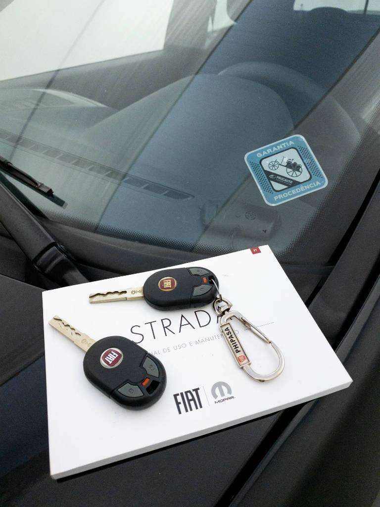 Foto numero 9 do veiculo Fiat Strada Working HARD 1.4 Fire Flex 8V CD - Preta - 2019/2020