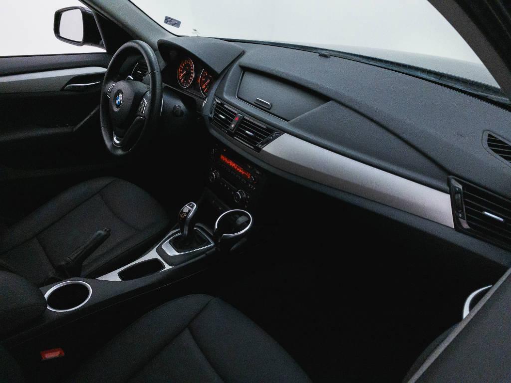 Foto numero 16 do veiculo BMW X1 SDRIVE 20i 2.0 TB Flex Aut. - Preta - 2015/2015