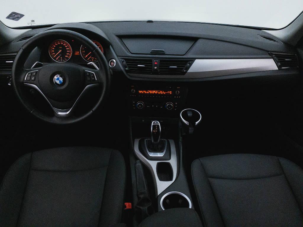 Foto numero 18 do veiculo BMW X1 SDRIVE 20i 2.0 TB Flex Aut. - Preta - 2015/2015